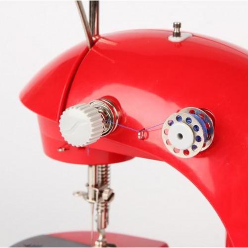 Машинка для шитья Помощница